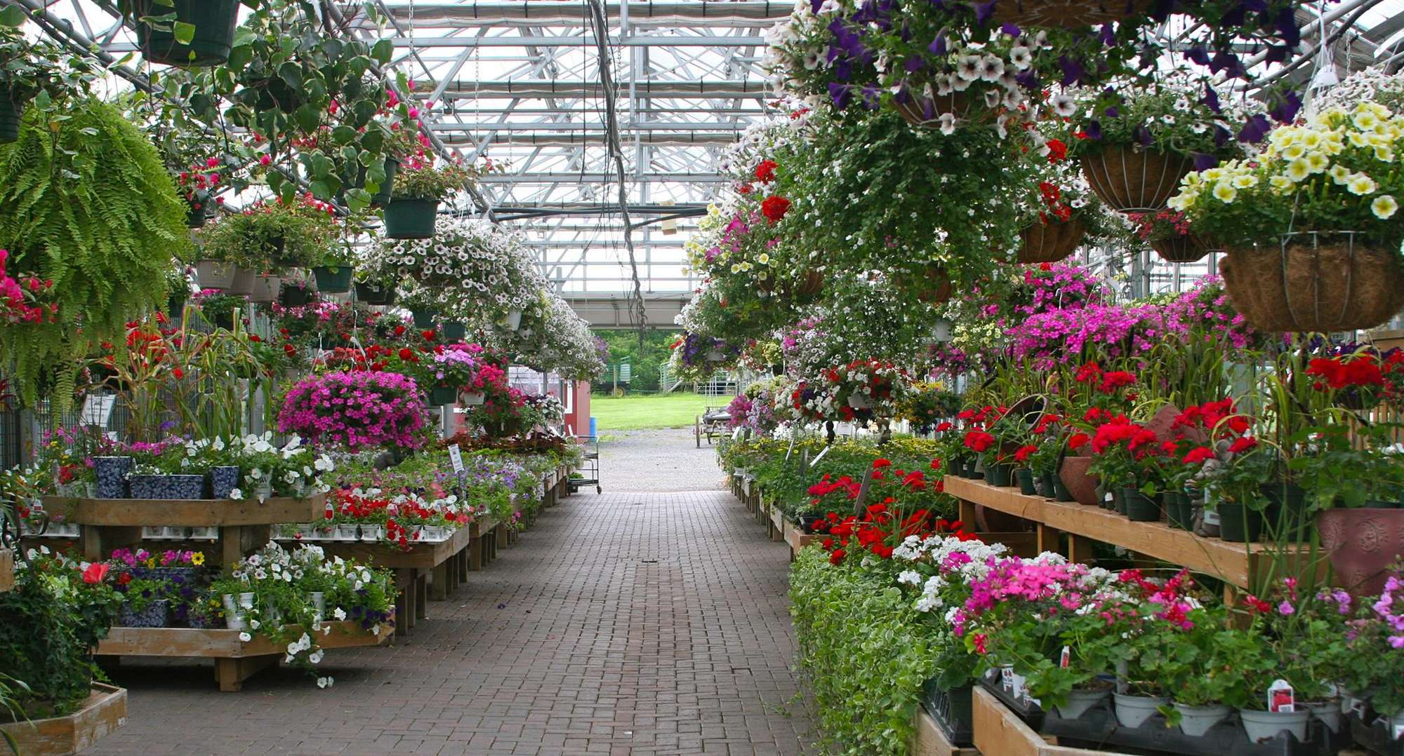 Heaven hill farm and garden center 451 state route 94 vernon new jersey 07462 get for Hills farm and garden